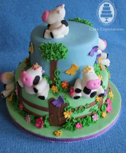 cow-farm-birthday-cake-843x1024