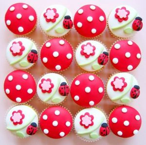 cupcakes-coccinelles